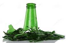 Битое стекло (бутылка)